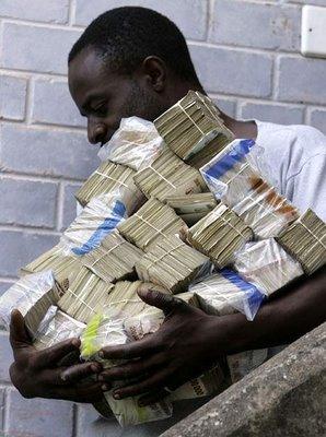 10 Negara yang Pernah Mengeluarkan Uang Dengan Angka Nominal Tinggi